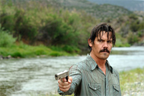 Brolin and (top) Bardem: With Tommy Lee Jones as the sheriff, a cleverly triangulated cat-and-mouse pursuit