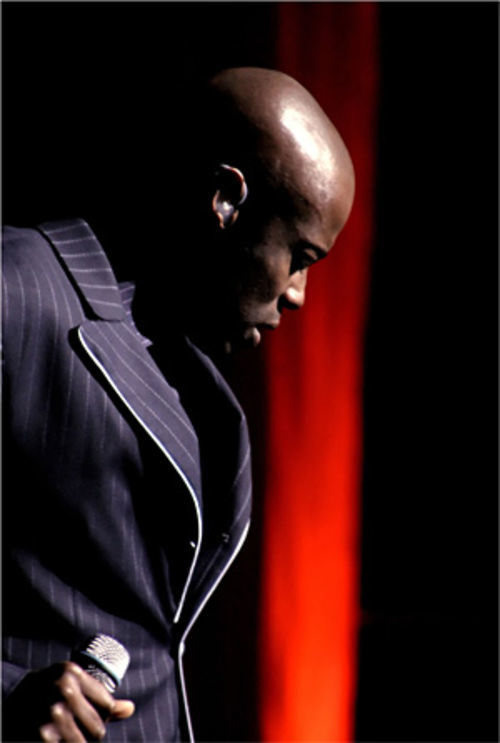 Kem stirs up the soul music.