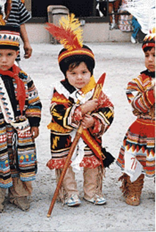 You're never too young to powwow.