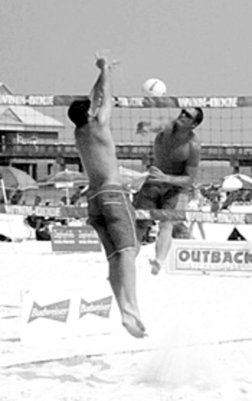 Amateur players from across South Florida  dig the Bud Light Beach Volleyball Tournament