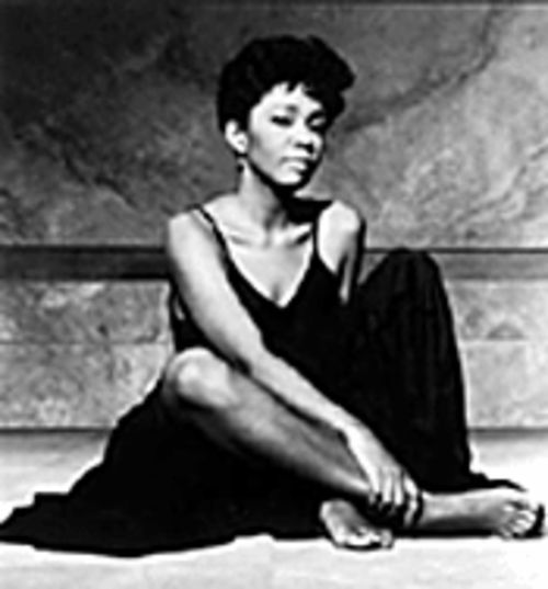 Anita Baker brings a Quiet Storm to Sunrise