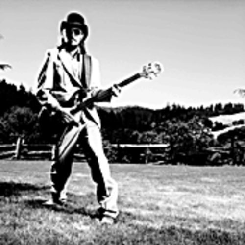 Gamboling in the glade: Les Claypool and his magic bass guitar
