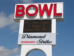 Diamond Strike Lanes