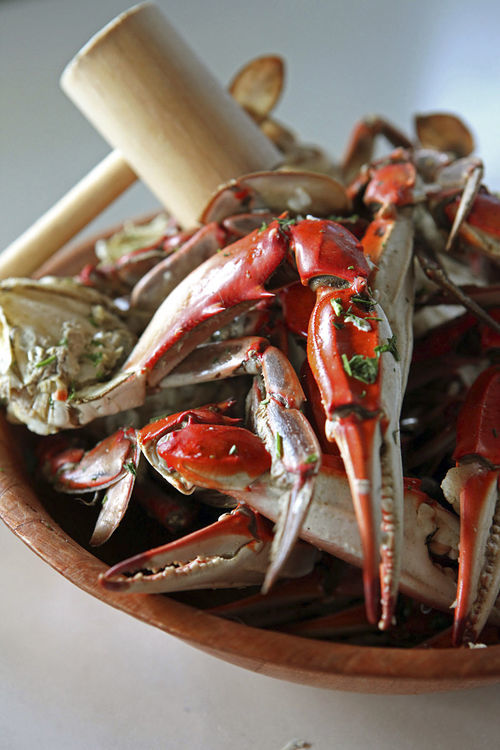 Rustic Inn's blue crab cluster is sautéed with garlic.