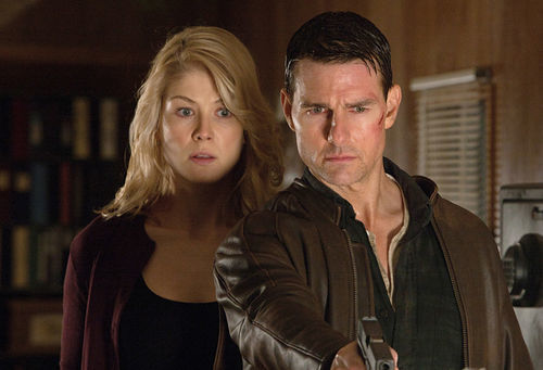 Rosamund Pike and Tom Cruise