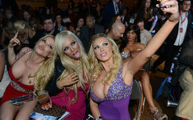 Thumbnail for 2013 AVN Awards: The Stars Get Ready (NSFW)