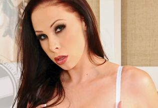 EXXXotica 2013: Gianna Michaels