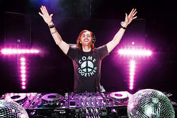 Come together to hail David Guetta, superstar.
