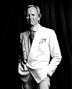 Why does Tom Wolfe look so dapper? Must be the Miami Book Fair.