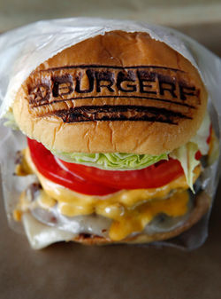 There&#039;s no mistaking where this burger comes from.