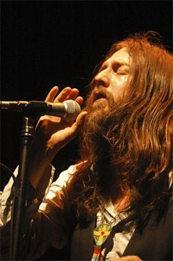Chris Robinson's Black Crowes closed out Langerado.
