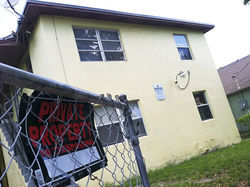 White claimed Phillips ran a drug ring from apartment number two in this West Palm Beach apartment building.