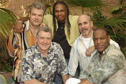 Despite the cheeseball photo, Spyro Gyra can still jam.