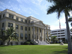 Oyer is credited with saving the historic Palm Beach County Courthouse.