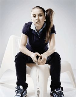 Lady Sovereign spits Brit.