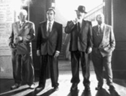 Grumpy old mobsters (left to right): Cassel, Hedaya, Reynolds, and Dreyfuss