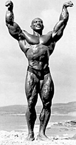 Sergio Oliva does some mythmaking.