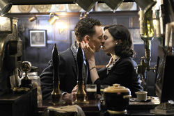 Hiddleston and  Weisz: Slummy sin.
