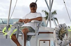 Richard Glover, a local dive-boat operator, has donated boat time for Reef Rescue&#039;s investigation of reef damage.