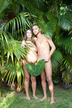 Anna Phillips and Robbe White head the Florida Young Naturists, for 18- to 30-year-olds.