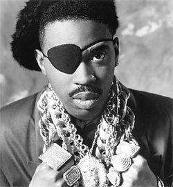 The hardware around Slick Rick's neck was matched only by the jewelry on his fingers.