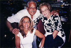 Kaufman with stepfather, David, and mother, Aida, before Alzheimer's