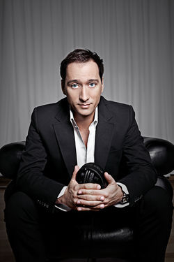 Get a handful and a headful of Paul Van Dyk at Mansion.